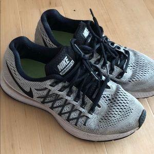 *MOVING SALE* Nike Pegasus running shoes